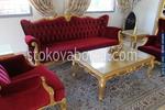 произвежда по поръчка класическа мебел за хотели