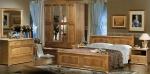 спалня от масивна дървесина