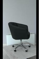 черни офис кресла София
